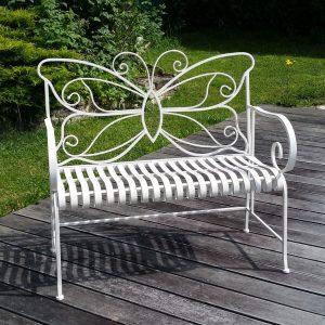banc de jardin avec dessin