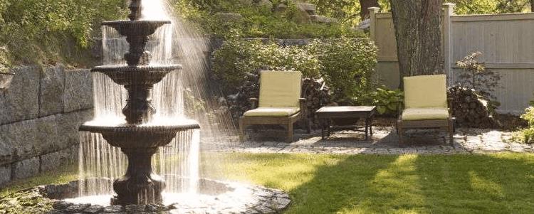 fontaine de jardin grande