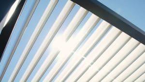 toiture d'une pergola bioclimatique