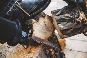 scie sabre pour bois